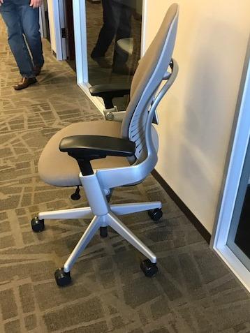 Steelcase V2 Leap Chairs Ca Office Liquidators